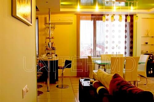 Дизайн интерьера гостиной в доме в Молдове